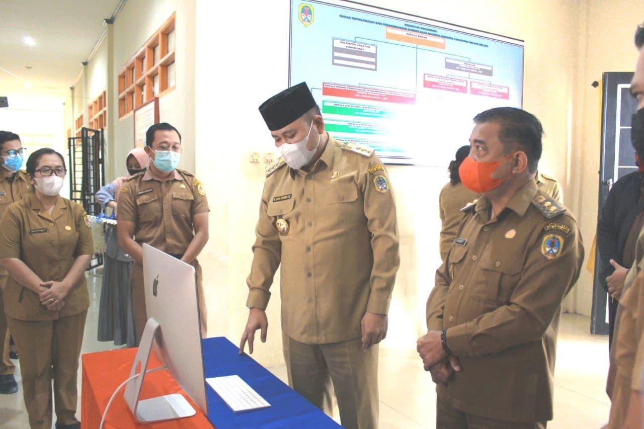 >Peluncuran Website Resmi BKPSDM Melawi oleh Bupati dan Wakil Bupati Melawi